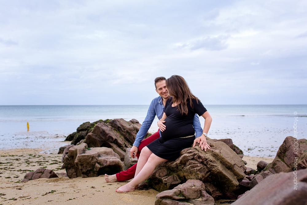 Photographe grossesse Luc sur Mer.