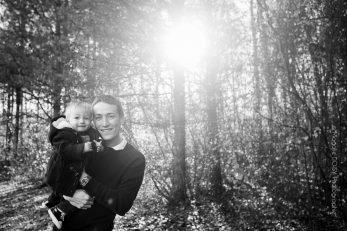 Séance photo famille en forêt Normandie